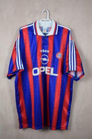 Bayern 95-97 Home Signed